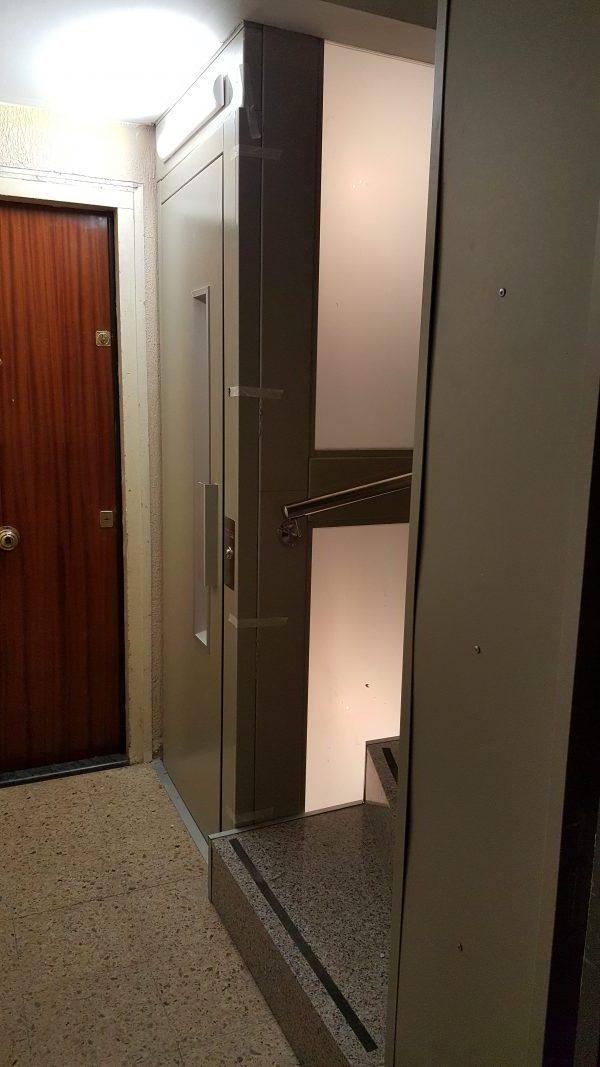 instal.lació ascensor nou